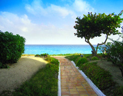 Private Path to the Beach at Maunday's Bay